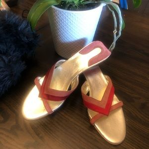 Salvatore Ferragamo Slide Sandals 👡 Pre owned ❣️